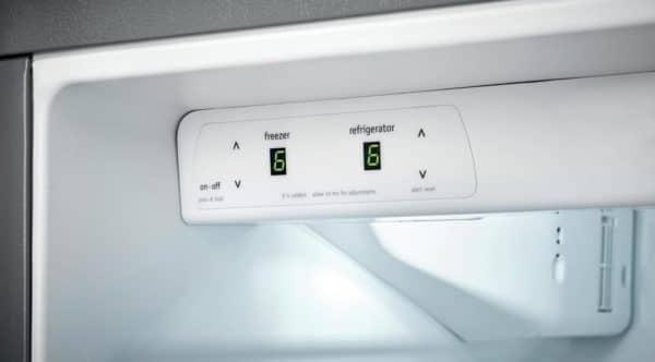 refrigerator won't dispense ice