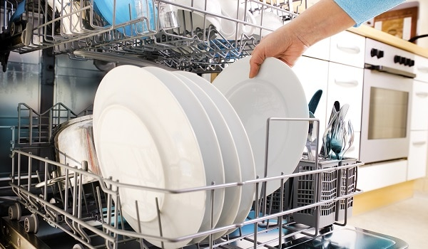 whirlpool dishwasher isn't cleaning dishes